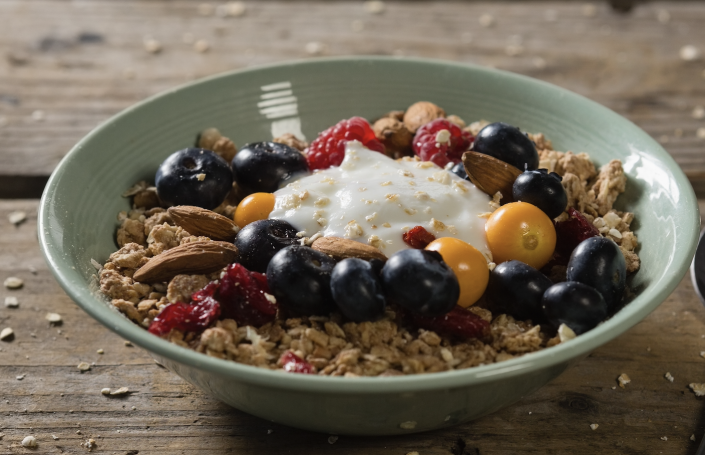 Healthy bowel of fruit and granola